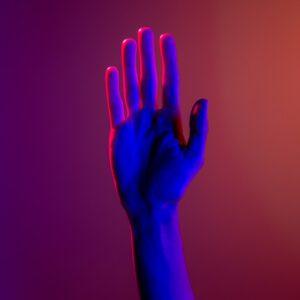 Formy artystyczne w języku migowym – teatr, film, malarstwo, poezja